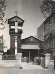 L'église provisoire en bois dans les années 60