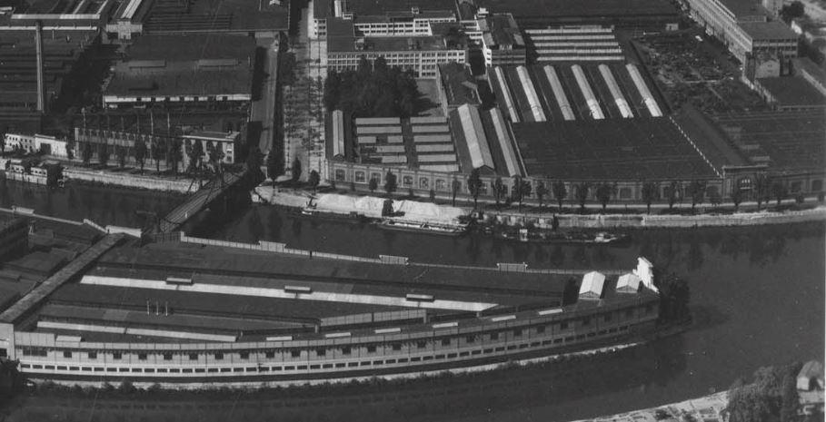 Mur de l'artillerie vers 1950 (tout à droite)