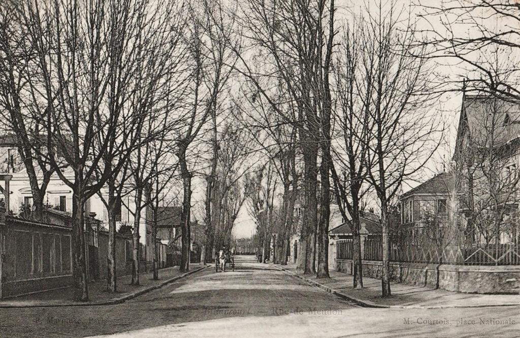 Rue de Meudon vue de la rue Traversière