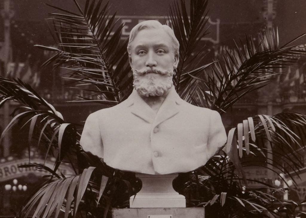 Buste de Marcel Renault salon de l'auto 1903