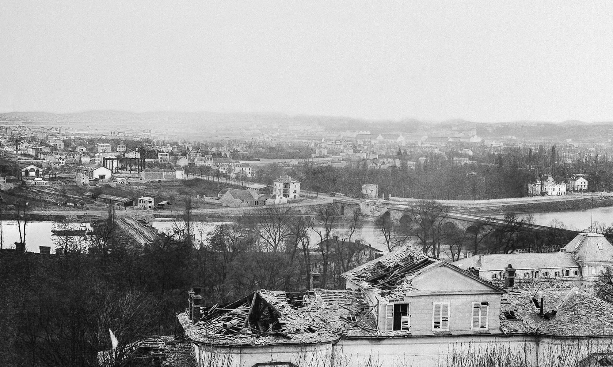 Hippolyte Blancard _Sèvres-Pavillon de Breteuil, quartier général des prussiens incendié par l'armée française-1871-pano