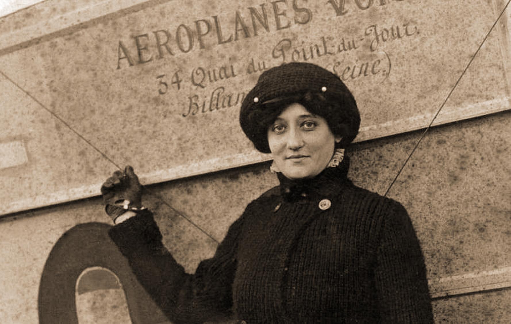 Elisa Deroche-1909