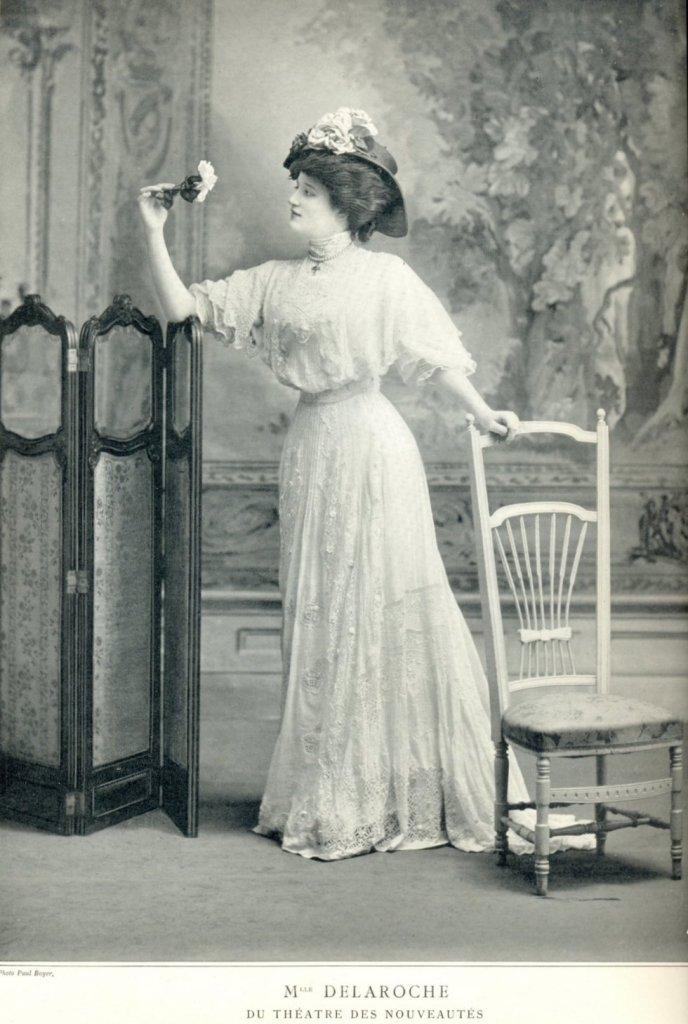 Mme Delaroche du théatre des nouveautés