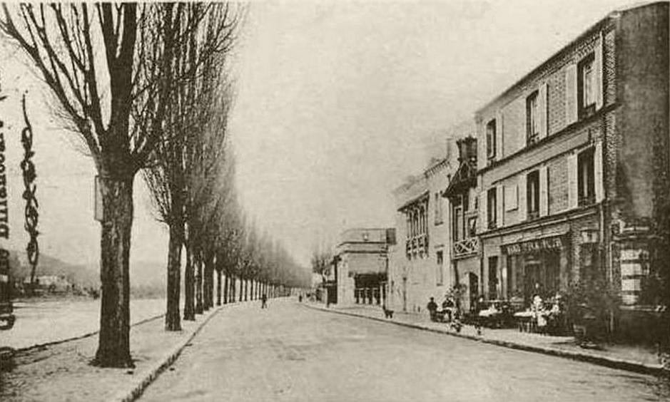 Quai de Billancourt et la villa mauresque.