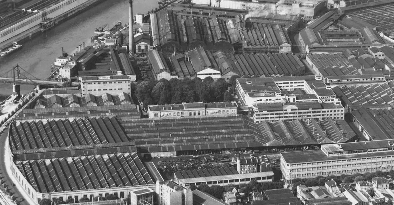 Bâtiment Dreyfus (au centre) Roger Henrard
